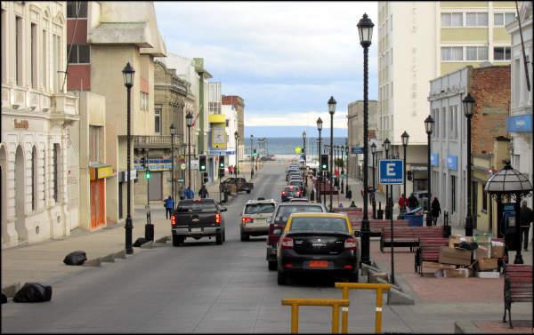 Rua de Punta Arenas caminho da praia